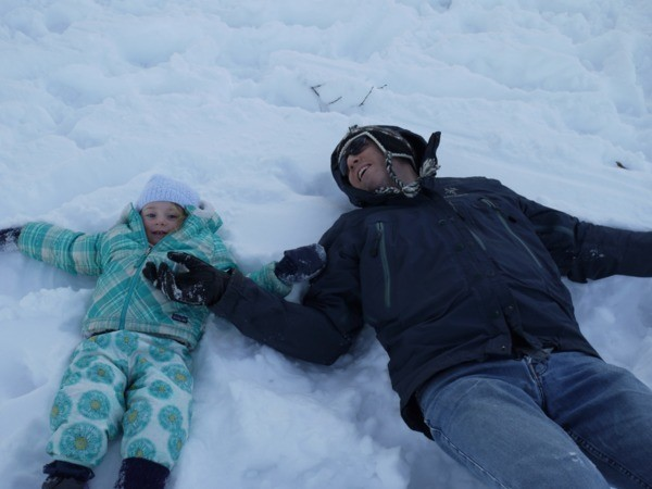Cropped landscape lg 600 snow angels